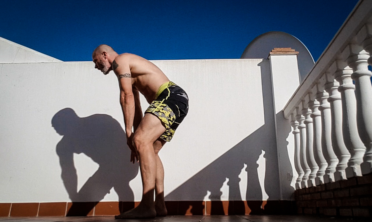 increase glute strength, a picture of a man doing glute exercise